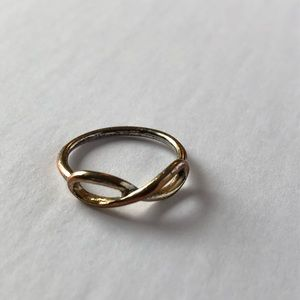 Jewelry - Gold tone infinity knuckle ring